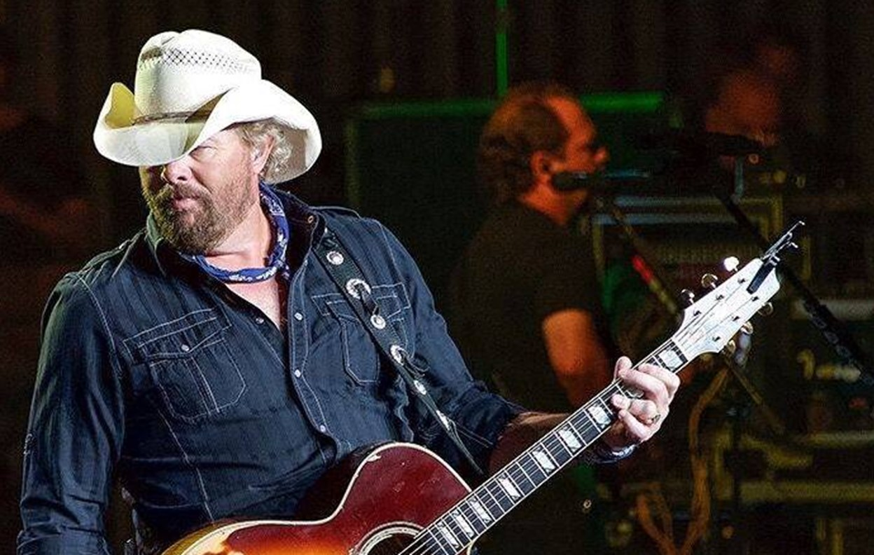 toby keith concert reviews 2016